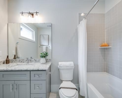 The Malibu | Bathroom