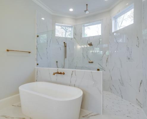 The Gastonbury | Master Bathroom