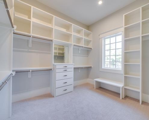 The Gastonbury | Master Closet