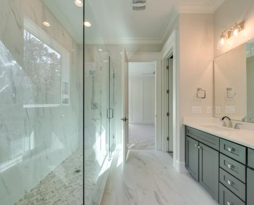 The Gastonbury | Bathroom