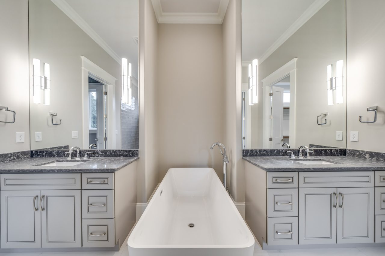 The Manchester | Master Bathroom