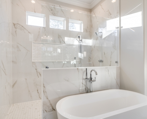 The Palisades | Master Bathroom