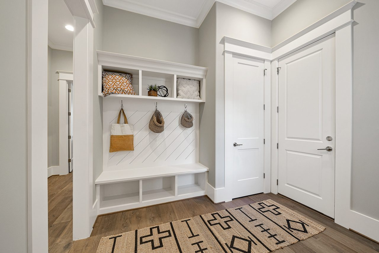 The Swansea | Mudroom