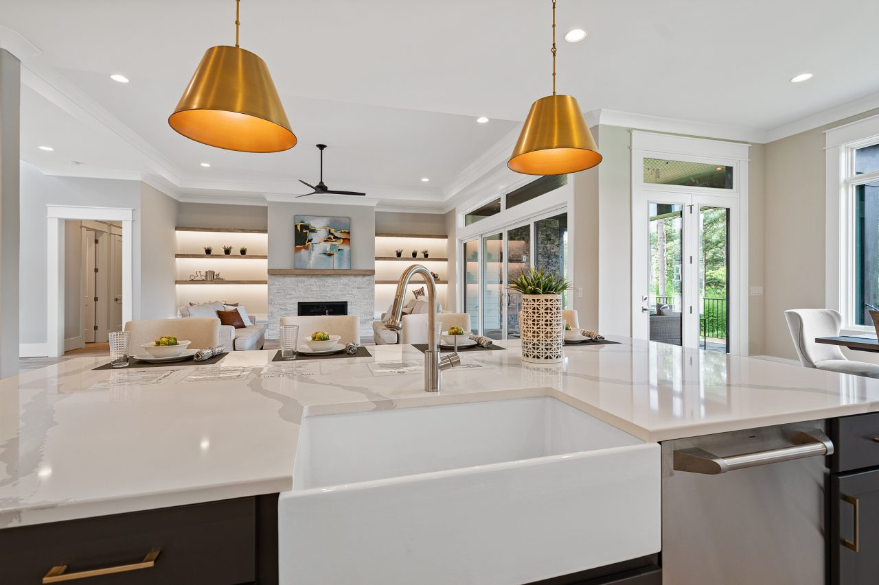 The Palisades | Kitchen & Family Room