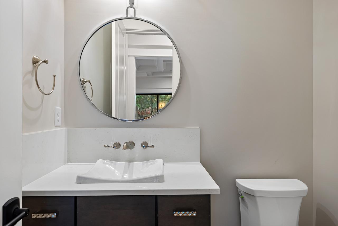 The Barcroft | Bathroom