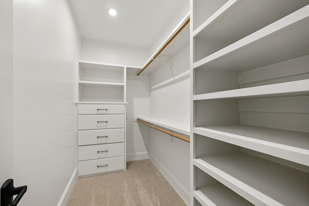 The Barcroft | Closet
