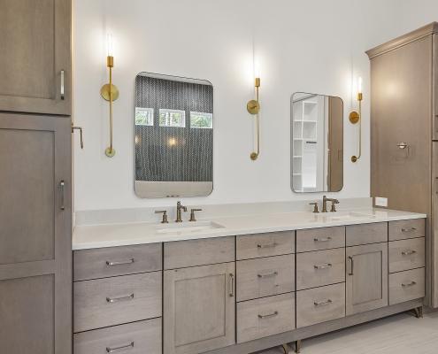 The Cardiff | Master Bathroom
