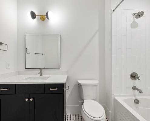 The Cardiff | Bathroom