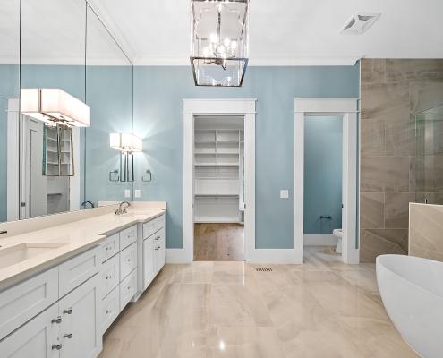 The Windsor | Master Bathroom