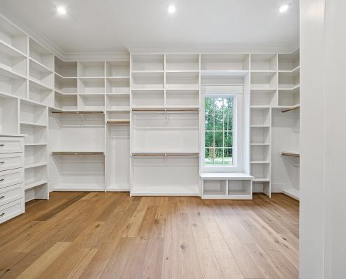 The Windsor | Master Closet