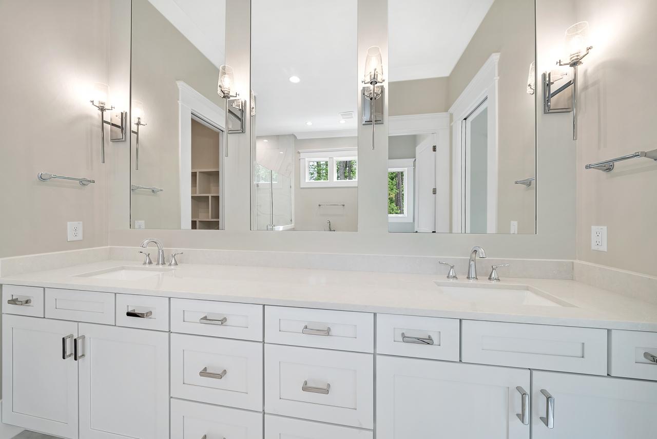 The Modern | Master Bathroom