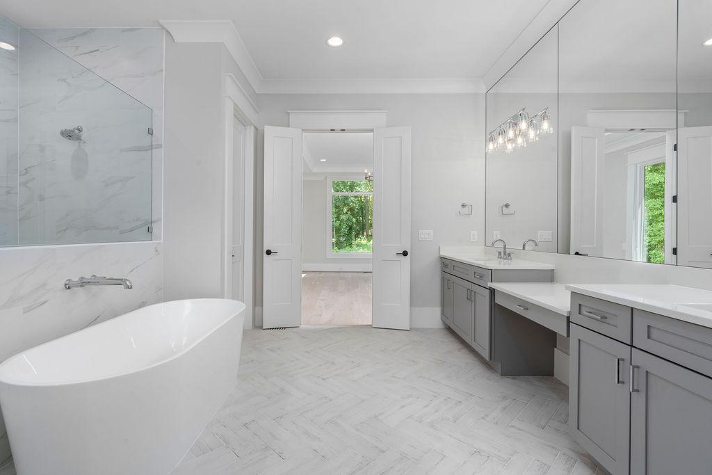 Custom Plan   Owner's Bathroom
